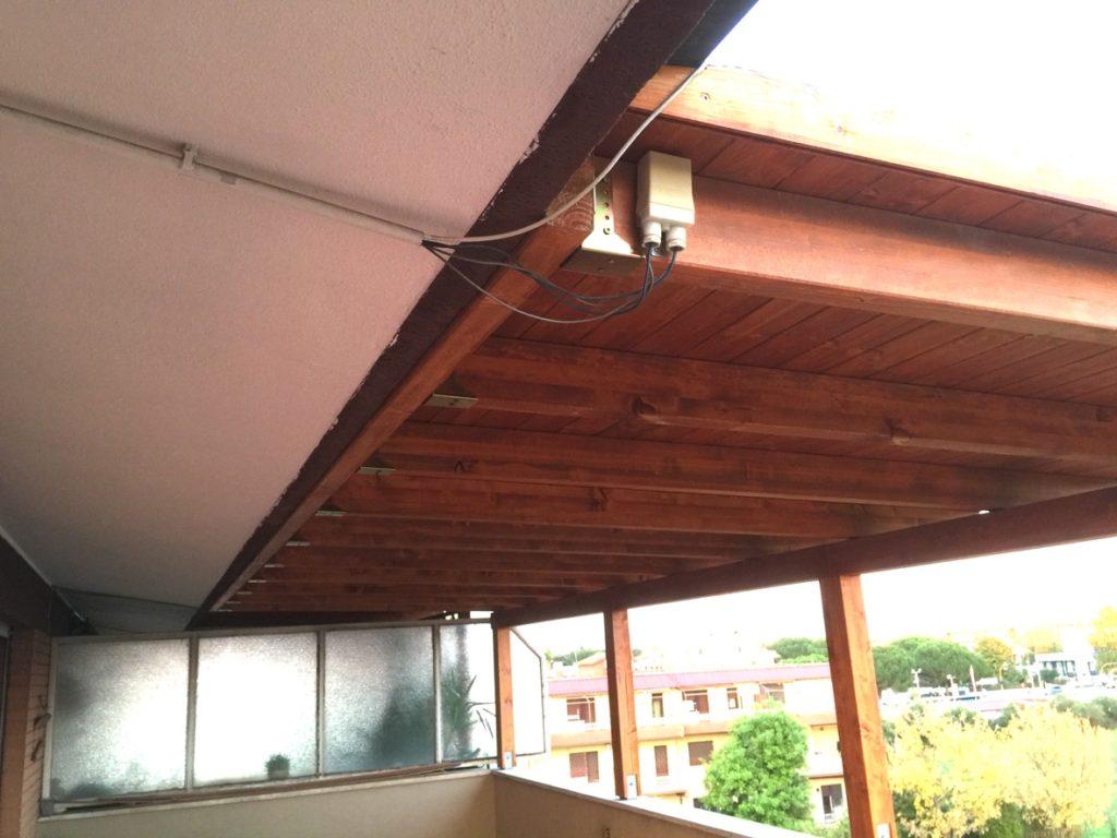 sostituzione compensato marino con doghe di abete per riparazione tettoia roma
