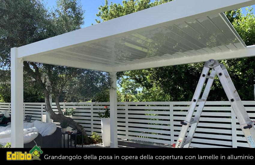 7_-Messa-in-opera-della-copertura-con-lamelle-in-alluminio